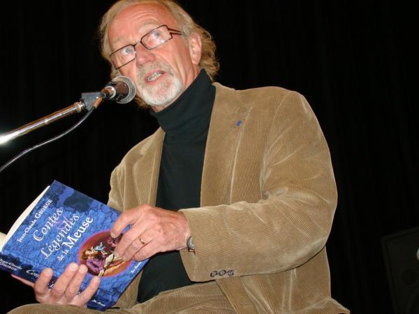 Jean-Claude en lecture