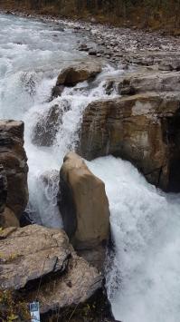 22 sunwapta falls 2